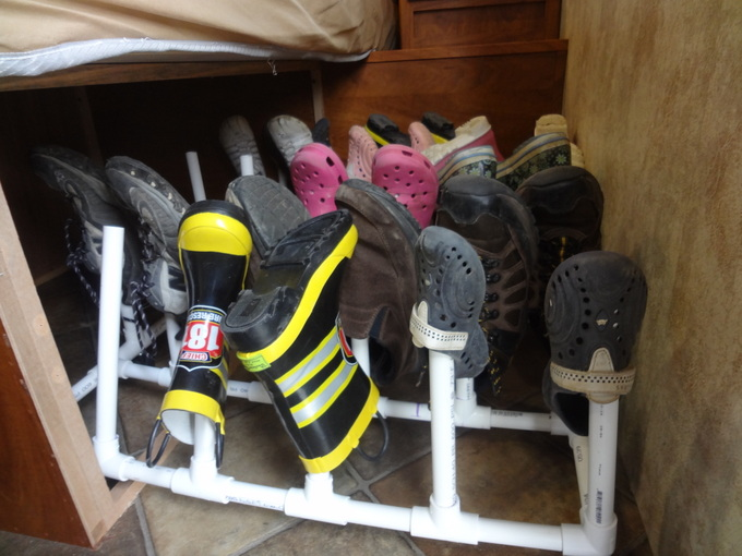 Under bed shoe rack