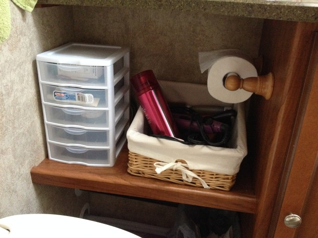 camper bathroom organization