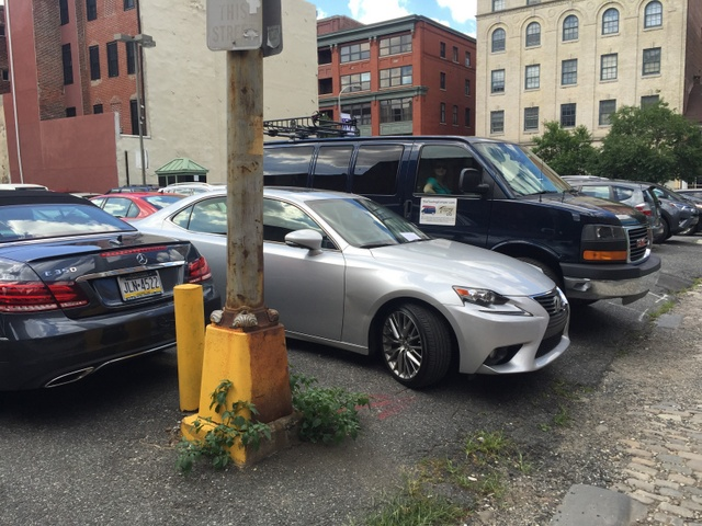City parking with a tow vehicle