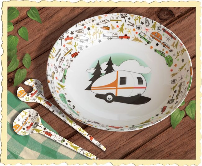 cc-003-camp-casual-3-piece-bowl-set-wood-background-090916